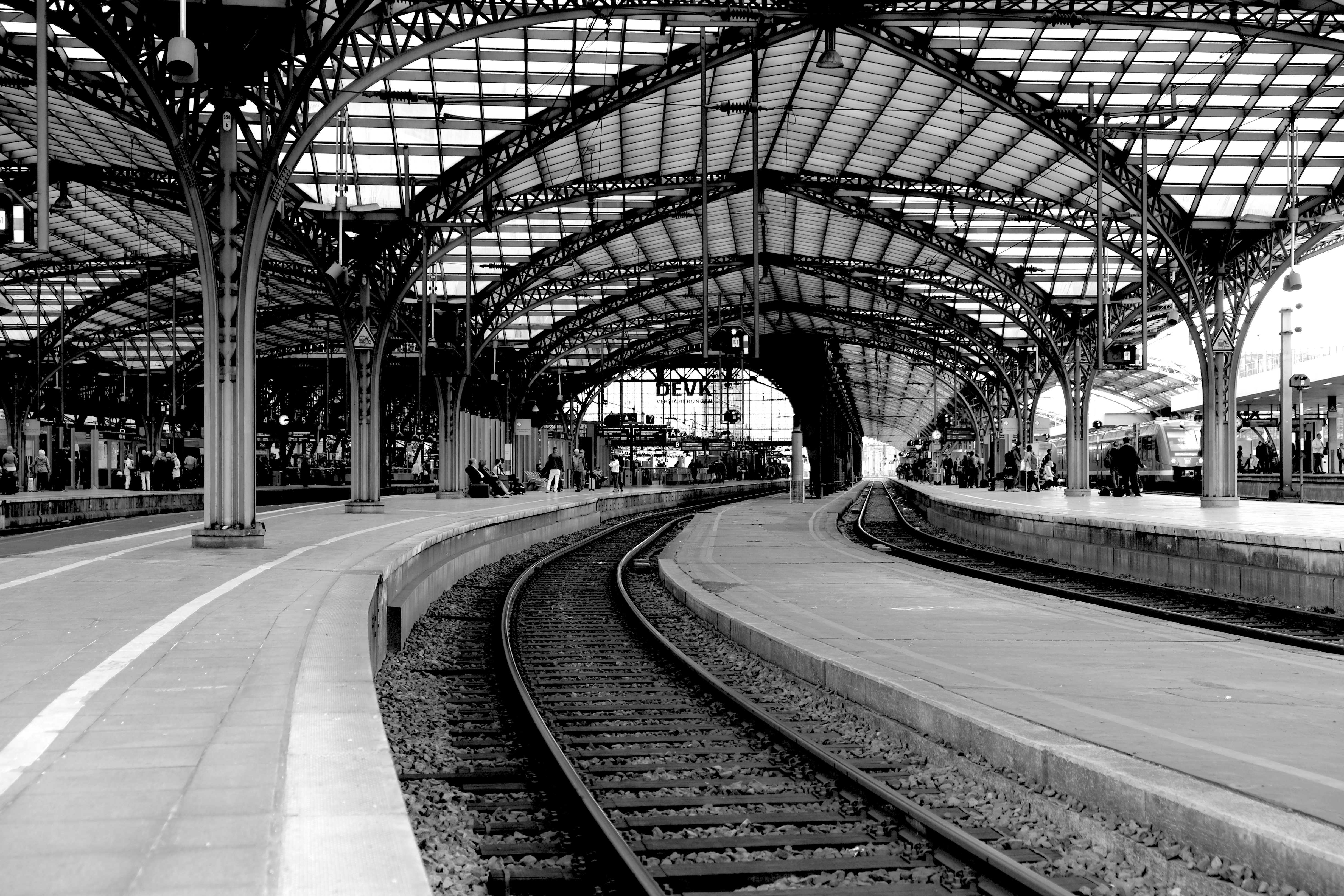 original_cologne-main-station-1772337